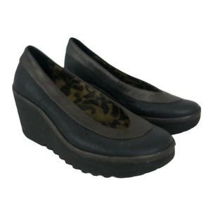 Fly London Size 37 US 6.5-7 Yoko Wedge Shoes